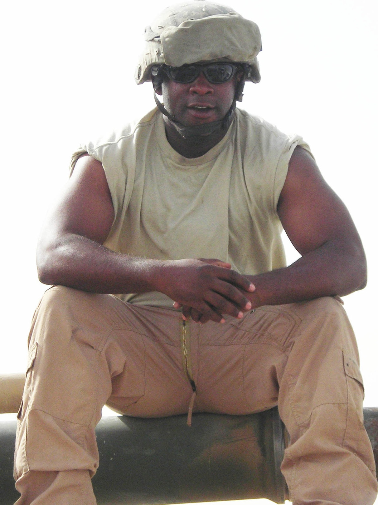 Charles participates in a combat load for M1A2 Abrams stationed in Northern Iraq in 2007.