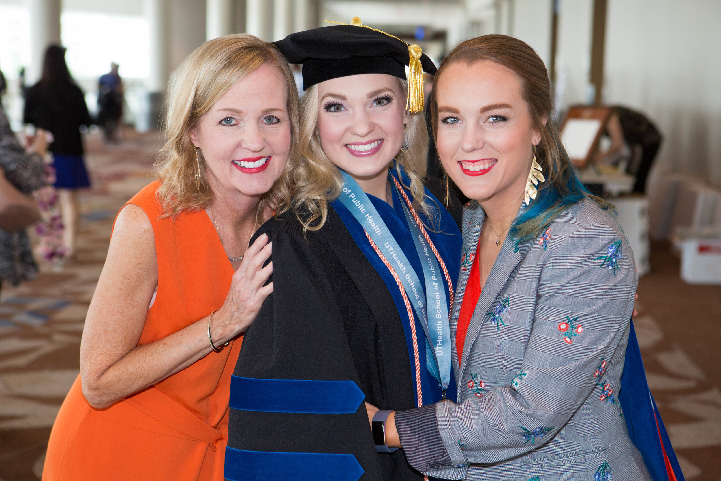 During the May 2019 commencement at The University of Texas, Hadley was congratulated by her mother, Dr. Candy Stevens Smith, and her sister, Savannah Stevens Jarrett.