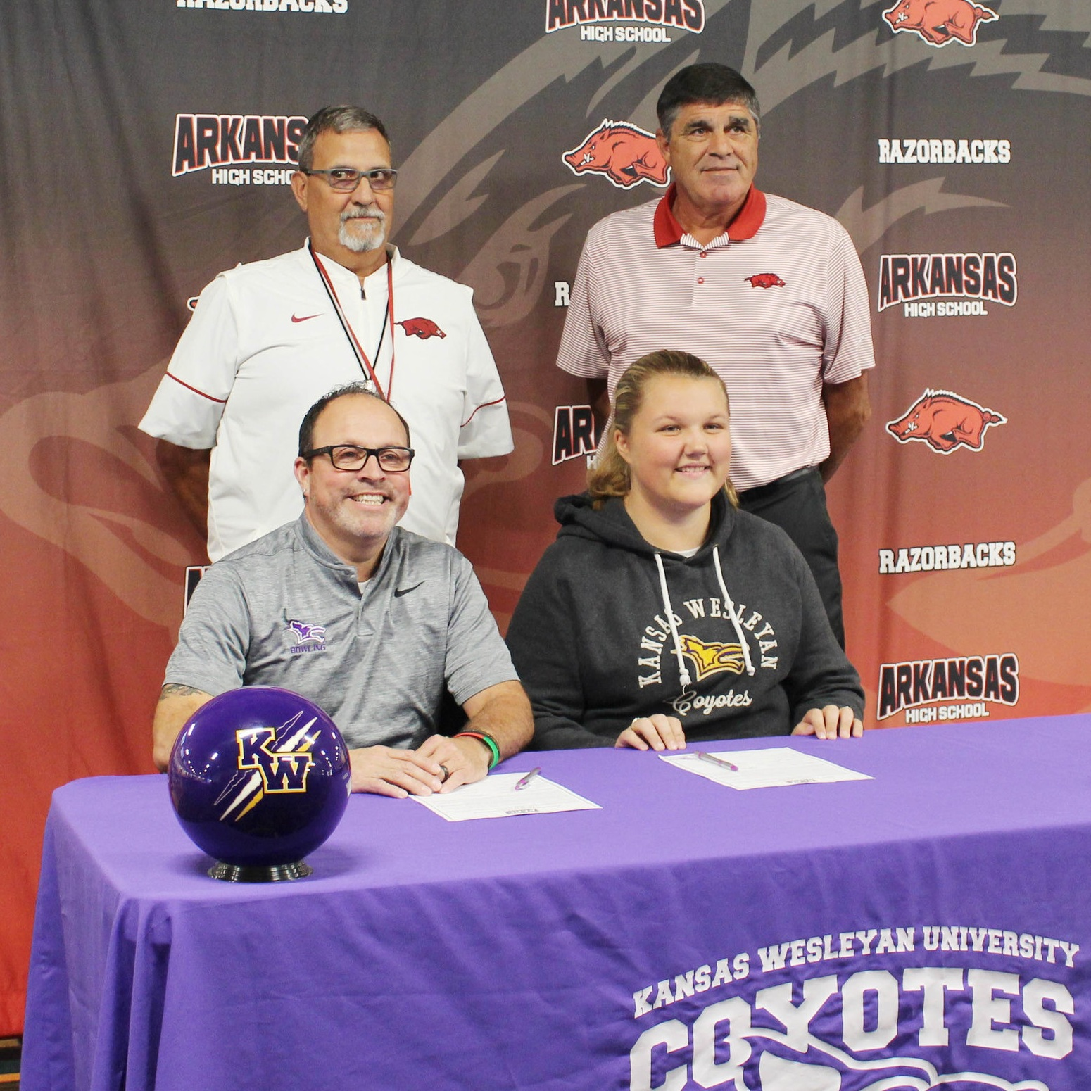 On September 28, 2018, Linda signed with Kansas Wesleyan University as her coaches, Todd Zenner (KWU), and Roger Rico and Charlie Bateman (AHS) looked on.