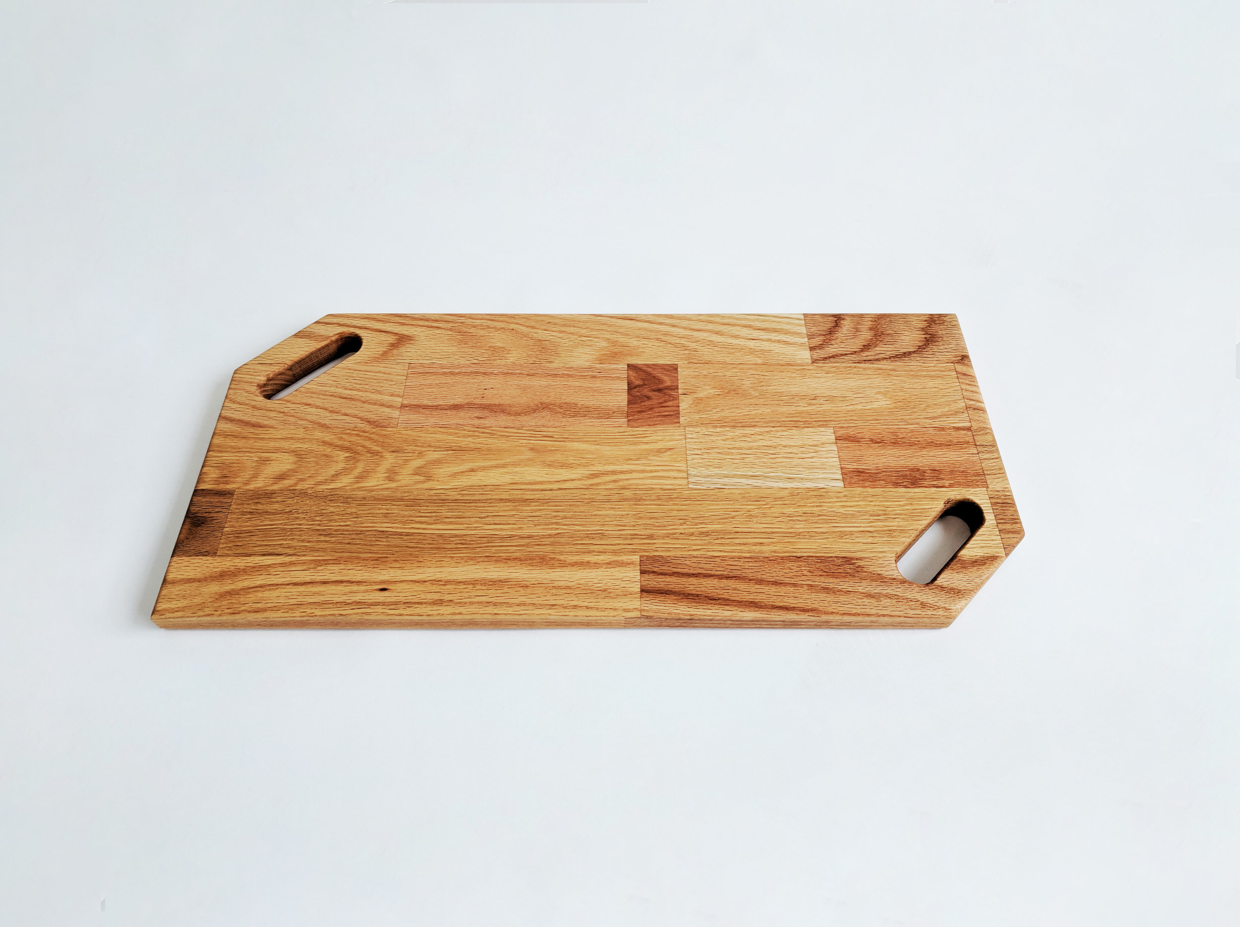 Oak Cutting Board 1.jpg