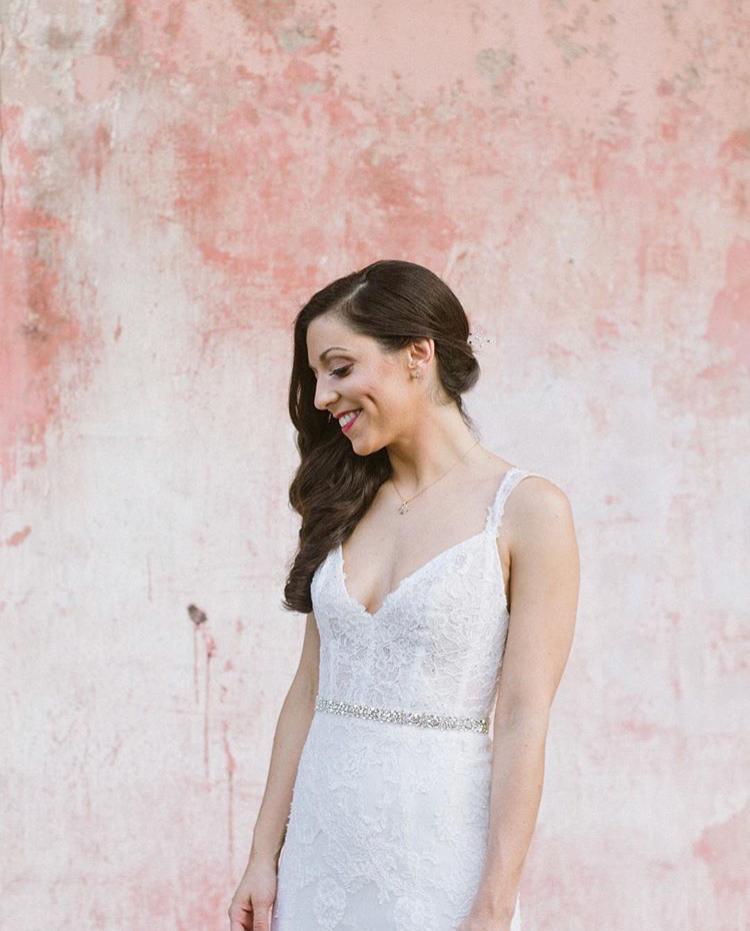 wear a bridal sash