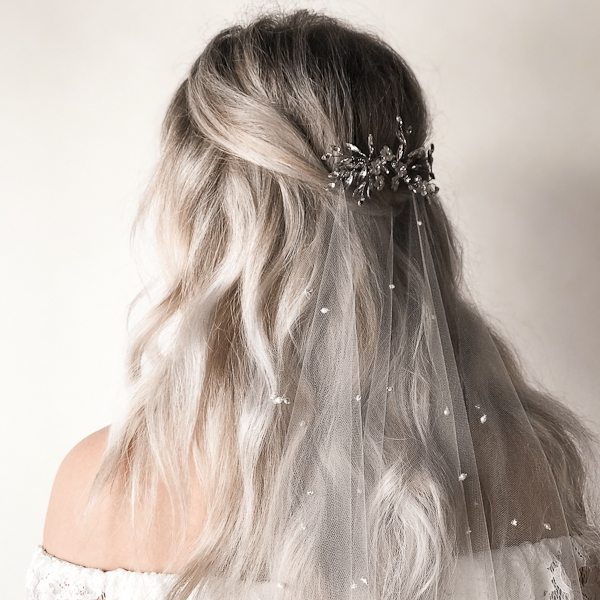 Bridal Veil styling tips from Untamed Petals