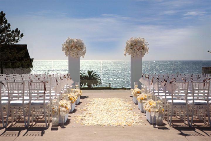 outdoor wedding 1_indoor outdoor wedding blog post_L_Auberge Del Mar.jpg