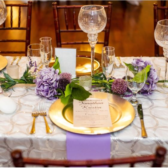 NAPKINS - POLYESTER   Colors Available: White, Grey, Lavender. (See our gallery for design ideas).    Contact us for pricing & availability