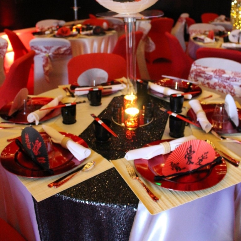 SEQUIN TABLE RUNNER   Colors Available: Black, Gold, Silver, Mint, Blush Pink, Fuchsia, Royal Blue, Red, Purple.     Contact us for pricing & availability