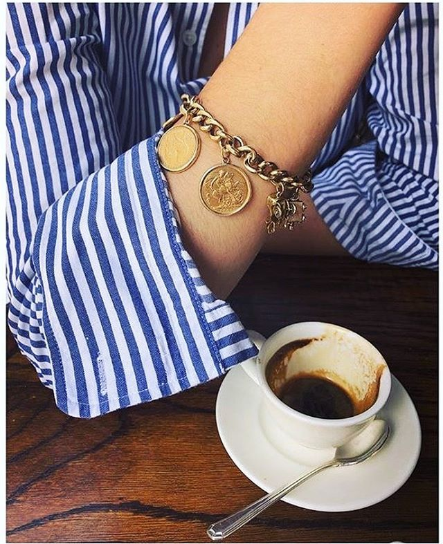 saturday stripes 🦓 c/o divine @eliseddn in her Poplin Blue & White stripe ☕️