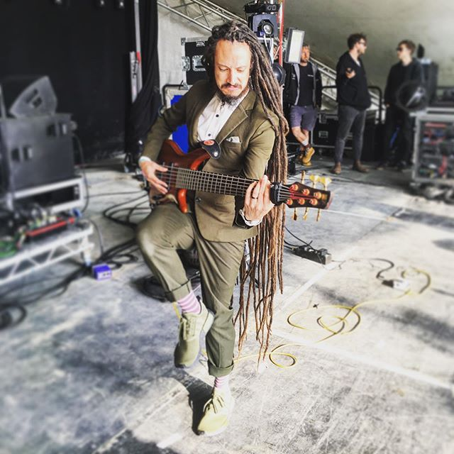 Deano. Also available in bass flavour.  @great_estate_festival  #backbeat #reggae #dub #bass #dreads #dreadlocks #musician #band  #bassguitar #stage #soundheck