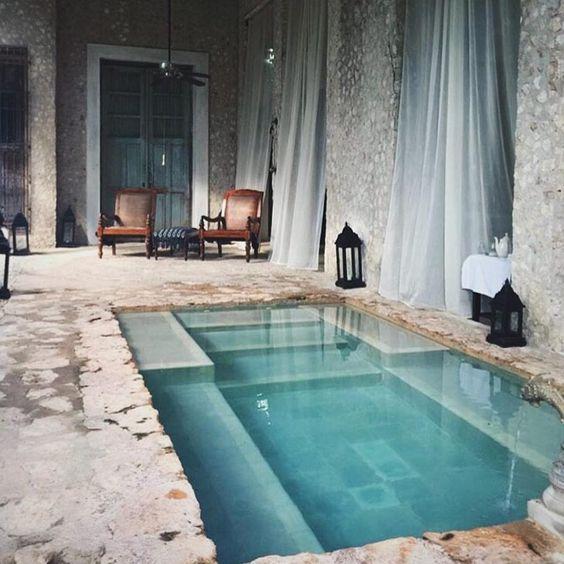 Pool_texture.jpg