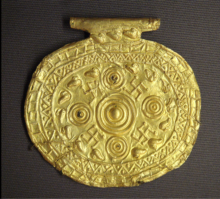 etruscan pendant.png