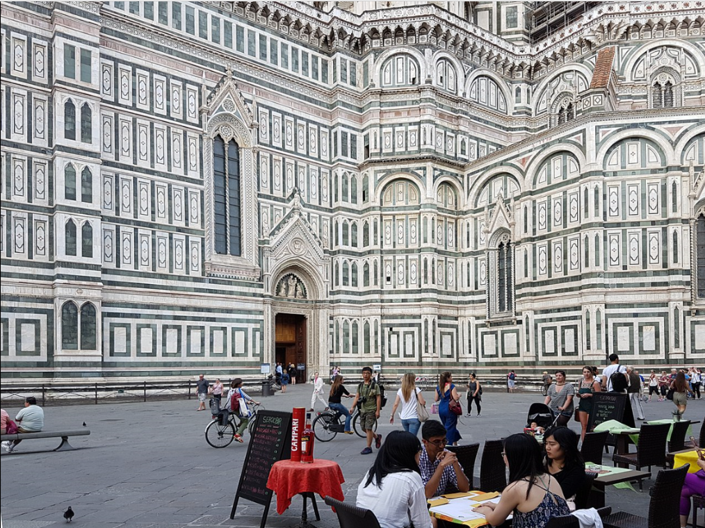 Florence piazza del duomo.png