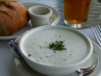 New England clam chowder So appropriate for cold, damp weather.  Jon Sullivan The original uploader was  Y6y6y6  at  English Wikipedia . -  http://pdphoto.org/PictureDetail.php?pg=8538  Transferred from  en.wikipedia  to Commons.