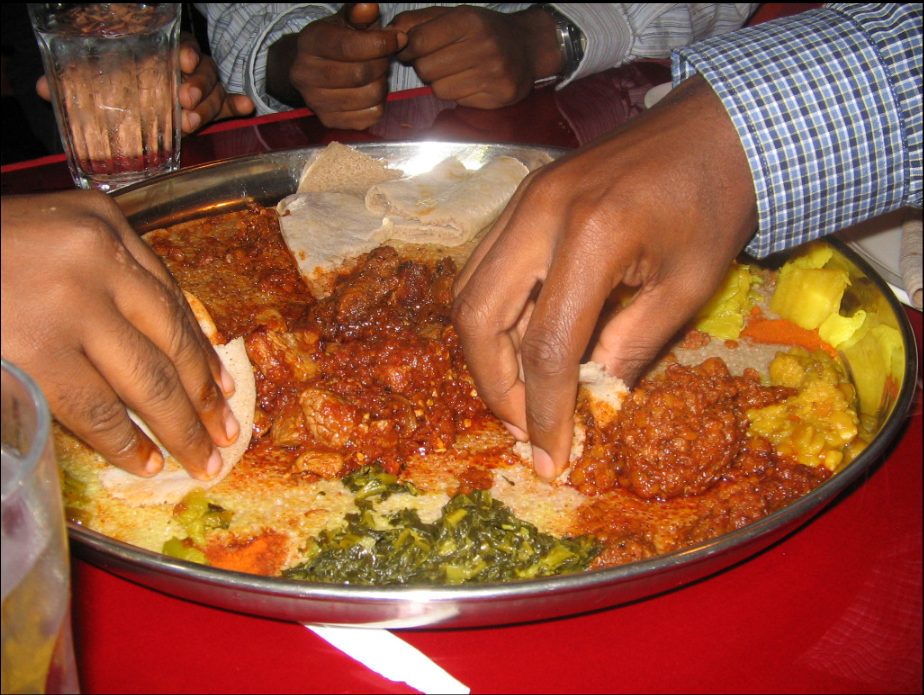 eating ethiopian style.png