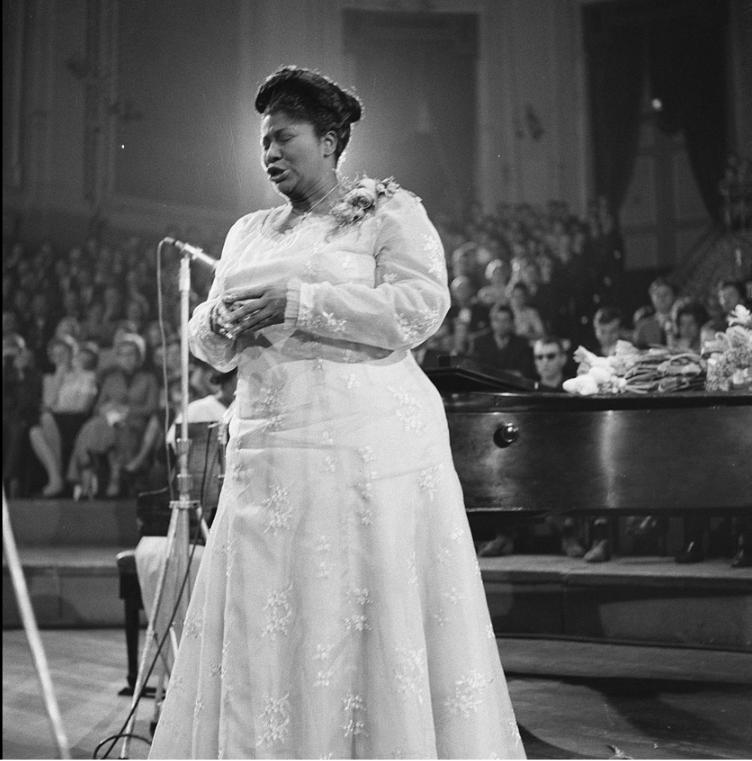 Mahalia Jackson in the Concertgebouw concert hall, The Netherlands