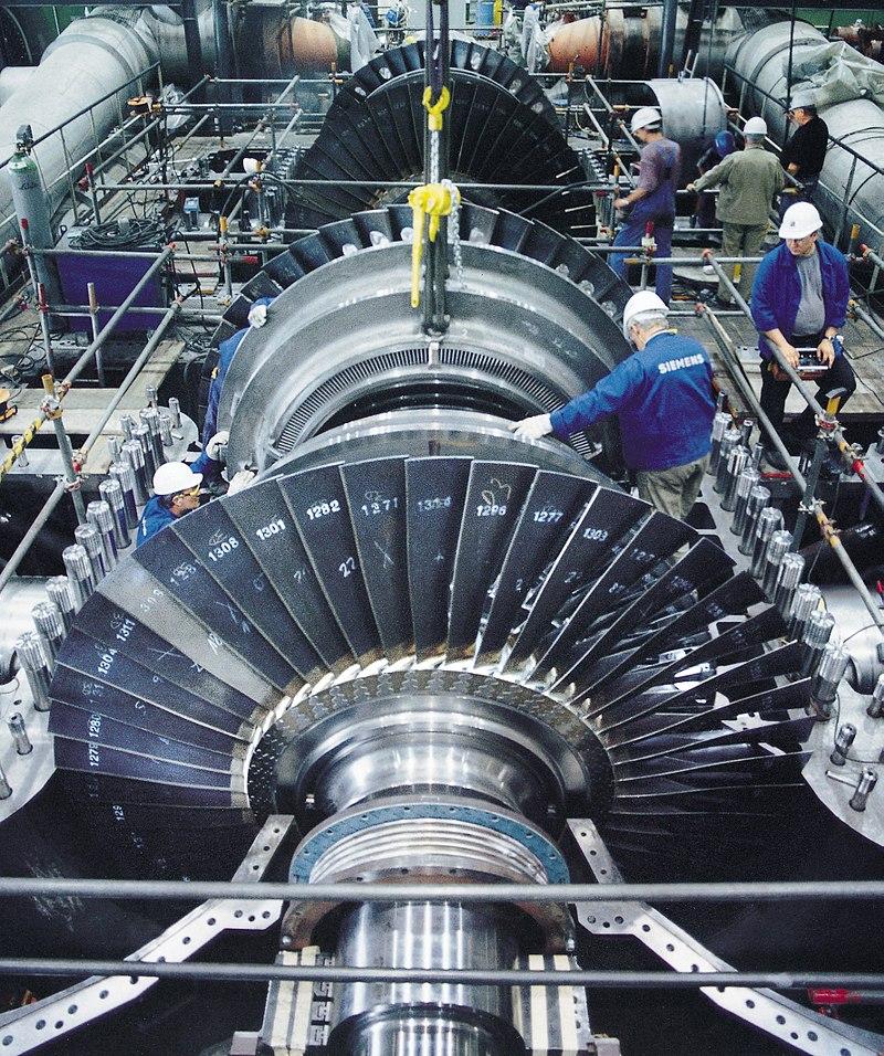 Siemens Pressebild - http://www.siemens.com/index.jsp?sdc_p=cfi1075924l0mno1130262ps5uz3&sdc_bcpath=1327899.s_5%2C%3A1176453.s_5%2C&sdc_sid=31880989447& Assembly of a steam turbine rotor produced by Siemens, Germany.