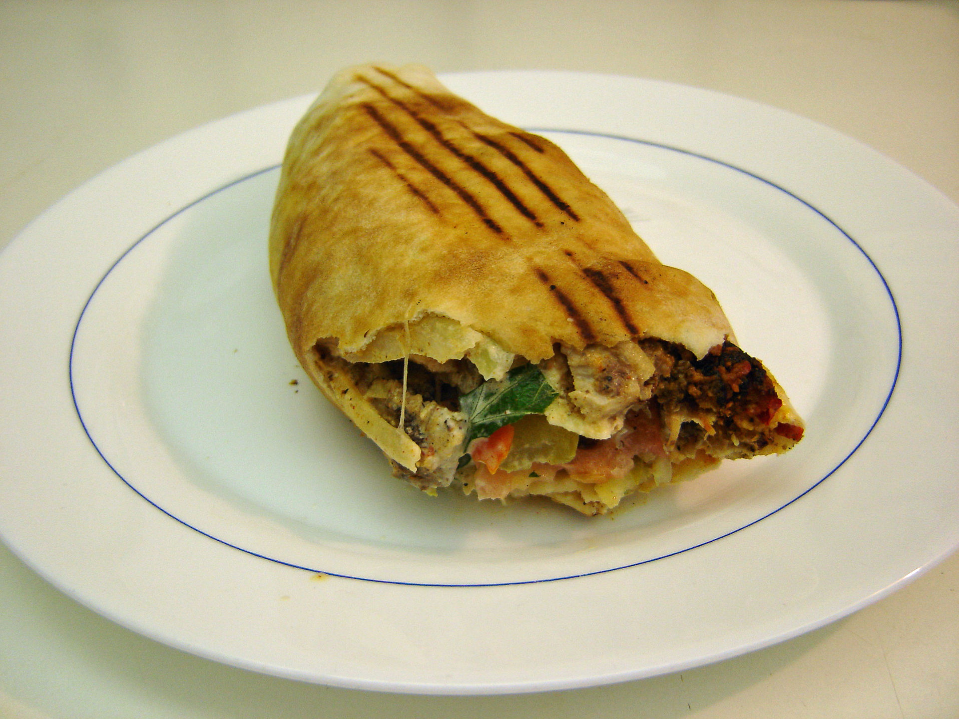 Shawarma sandwich Siqbal at English Wikipedia