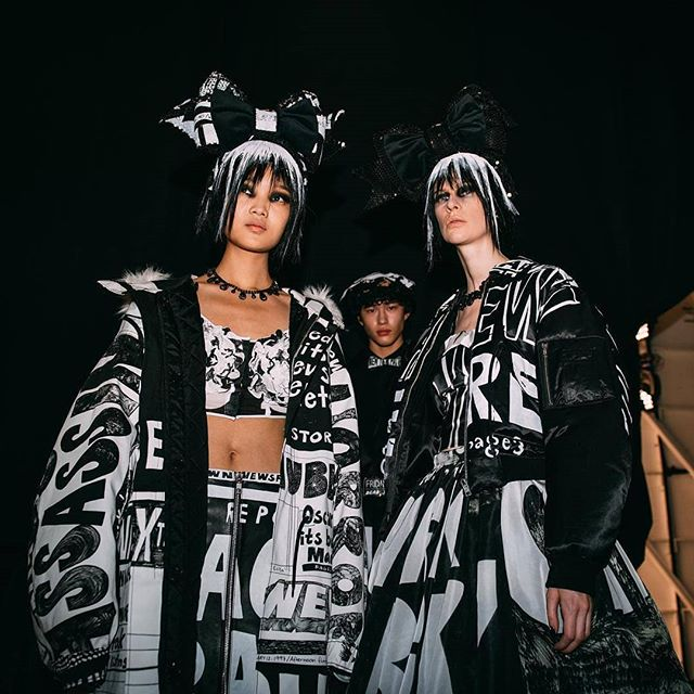 Reposted from @nyfw -  Extra, extra 🗞 For @itsjeremyscott's #NYFW February 2019 runway, he took to the headlines to create a newsworthy show. The bold collection was adorned with newsprint black and white. ⠀ 📸 @smallgirlbiglens