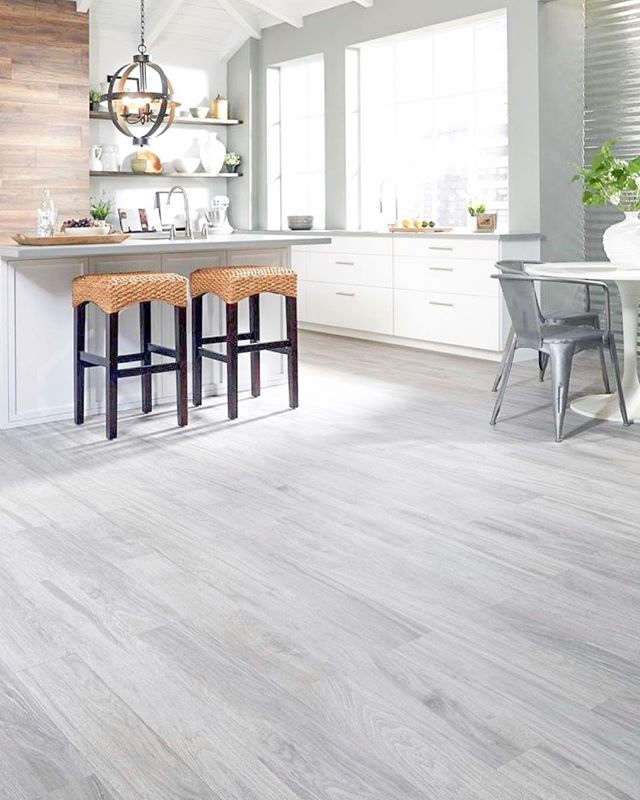 how about some gray wood planks to start your weekend ✨