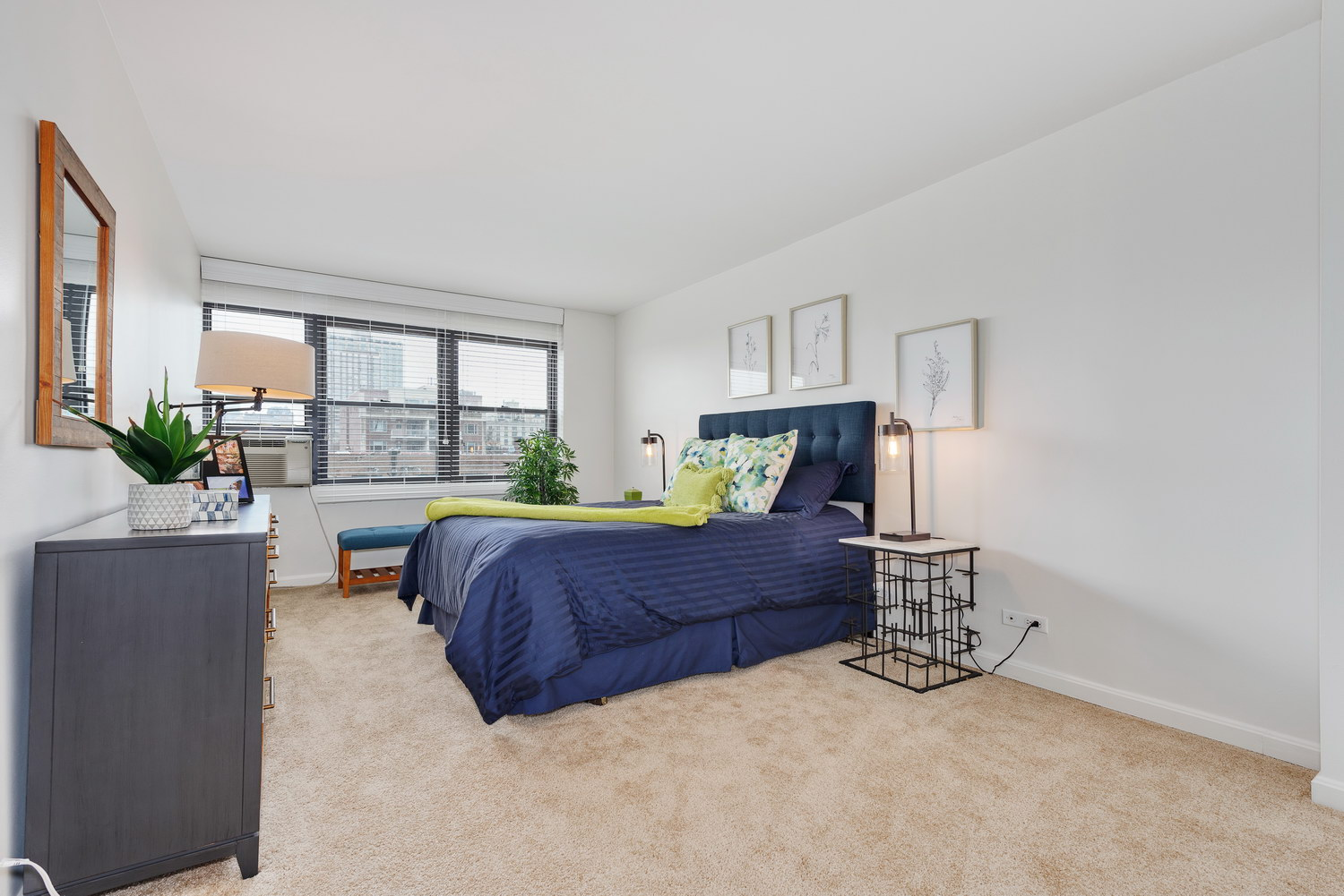 510 W Belmont - Master Bedroom 1