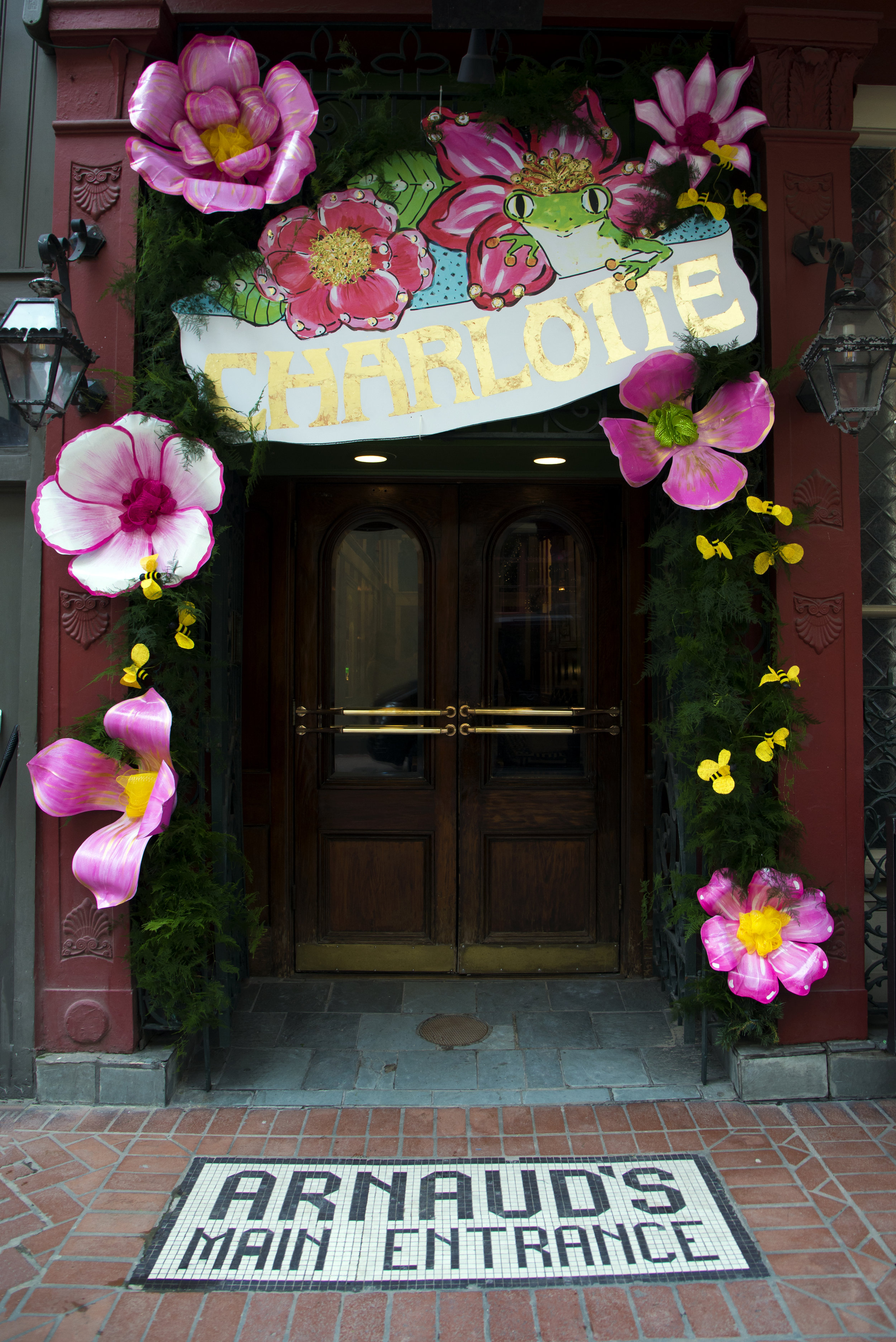 entrance arnauds.jpg
