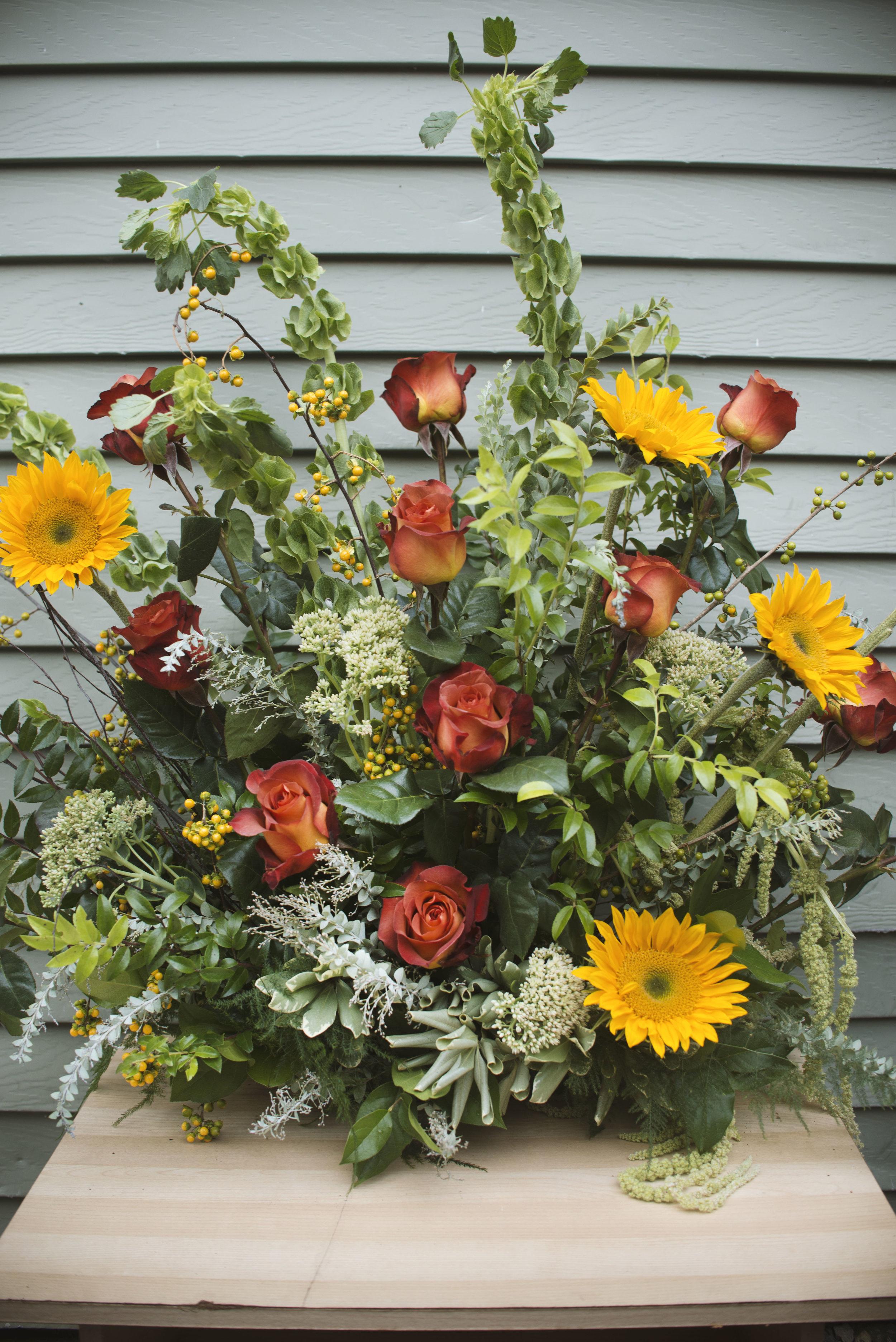 alter arrangement fresh cut arrangement mitchs flowers stephanie tarrant.jpg