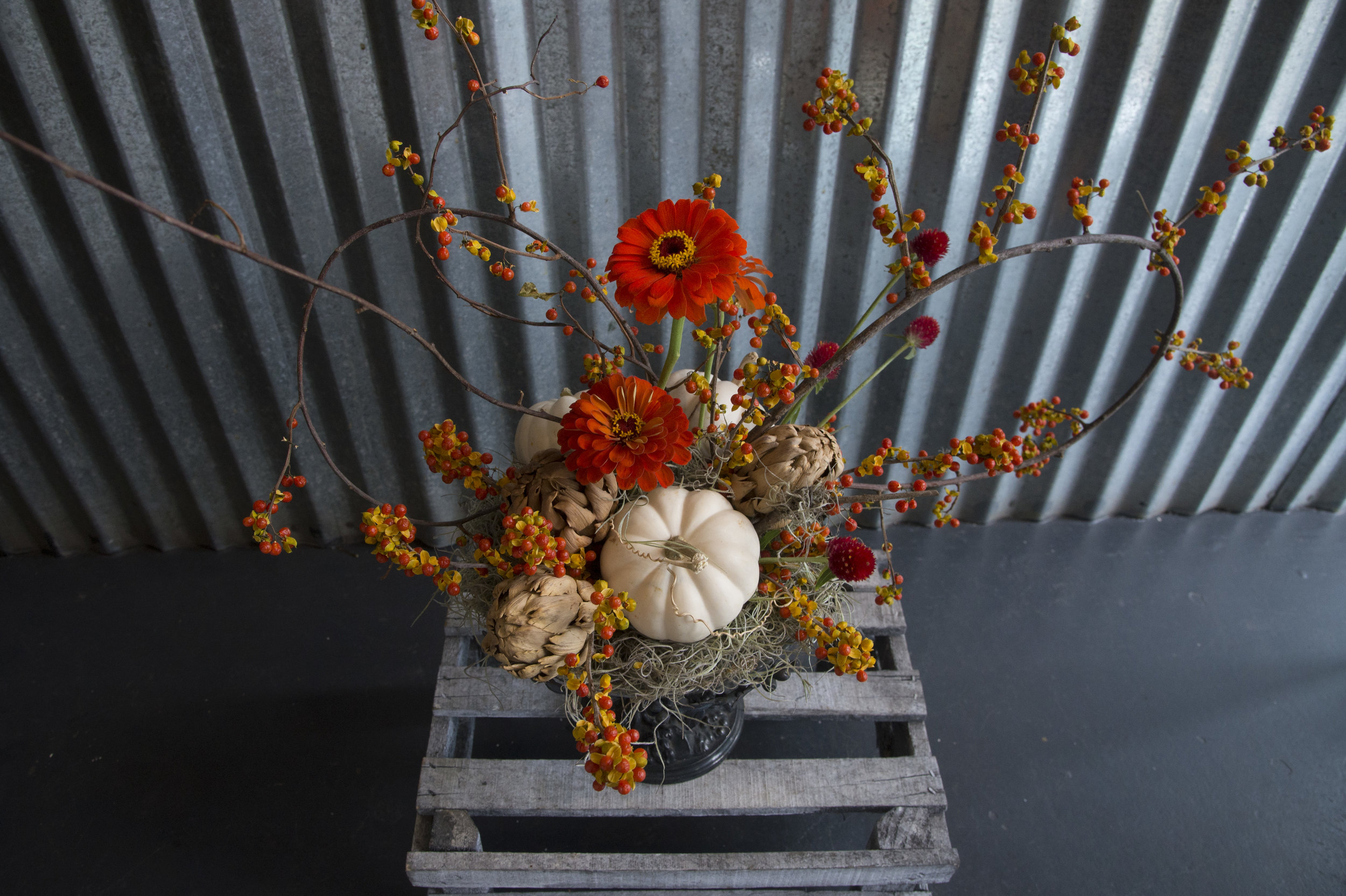 pppreserved centerpiece mitchs flowers new orleans florist denys mertz.jpg