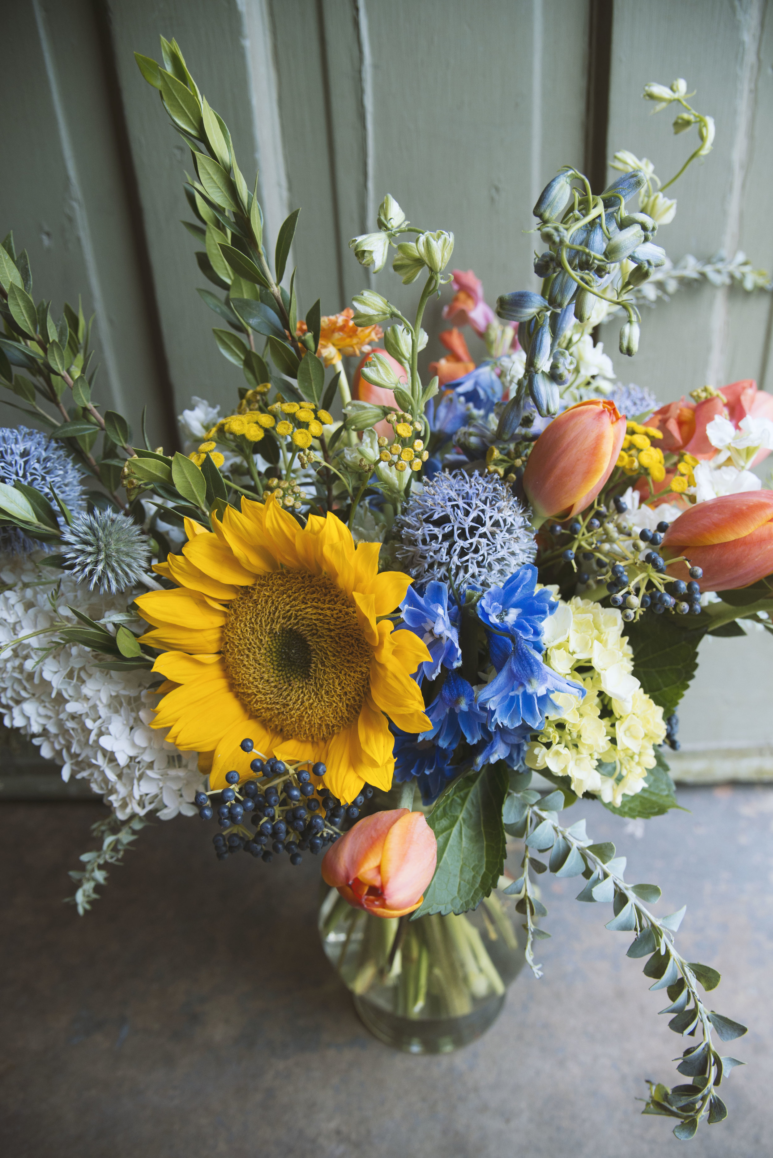 sunies and blues fresh arrangment send flowers mitchs flowers.jpg