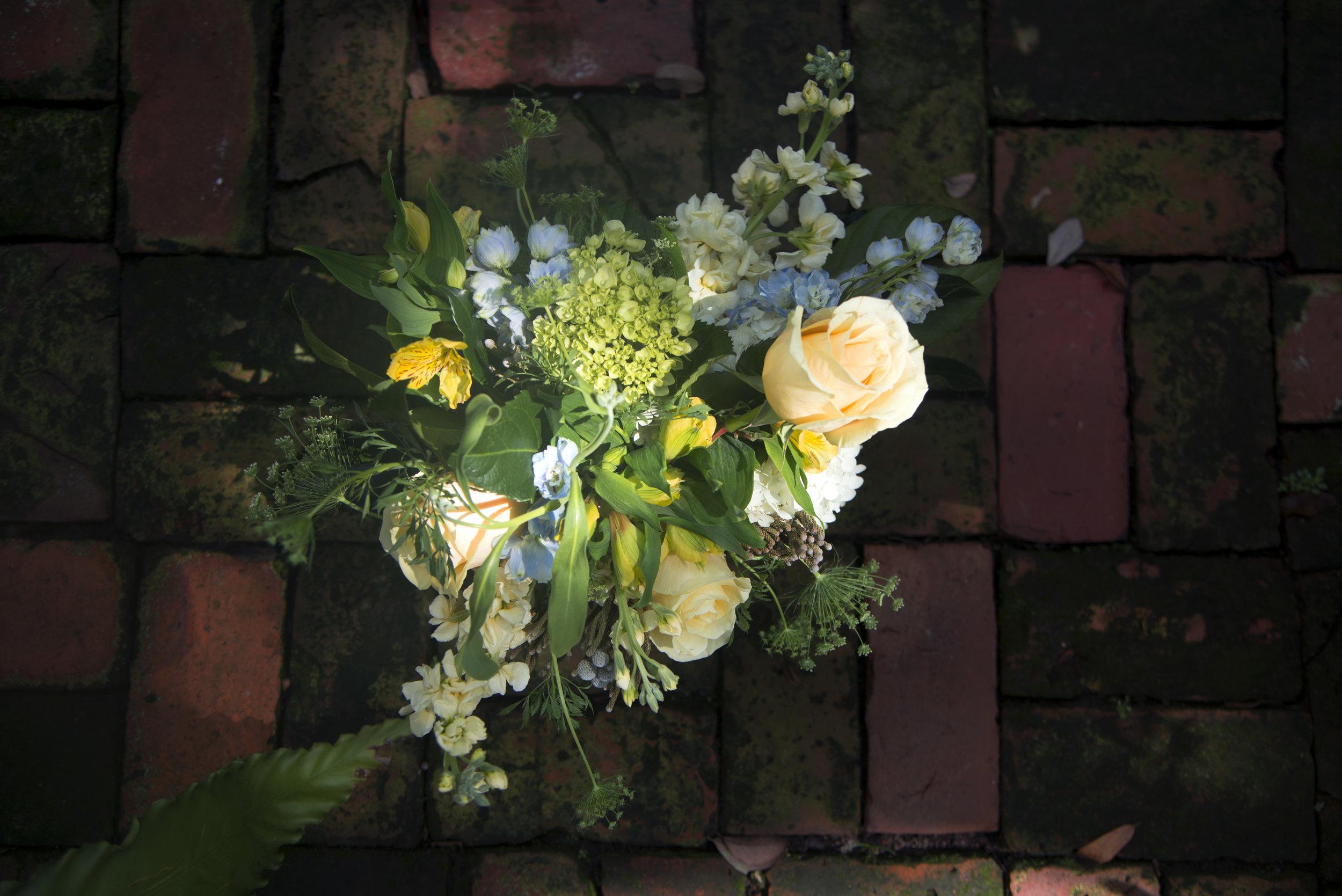 yellow pastel fresh floral arrangement stephanie tarrant send flowers new orleans.jpg