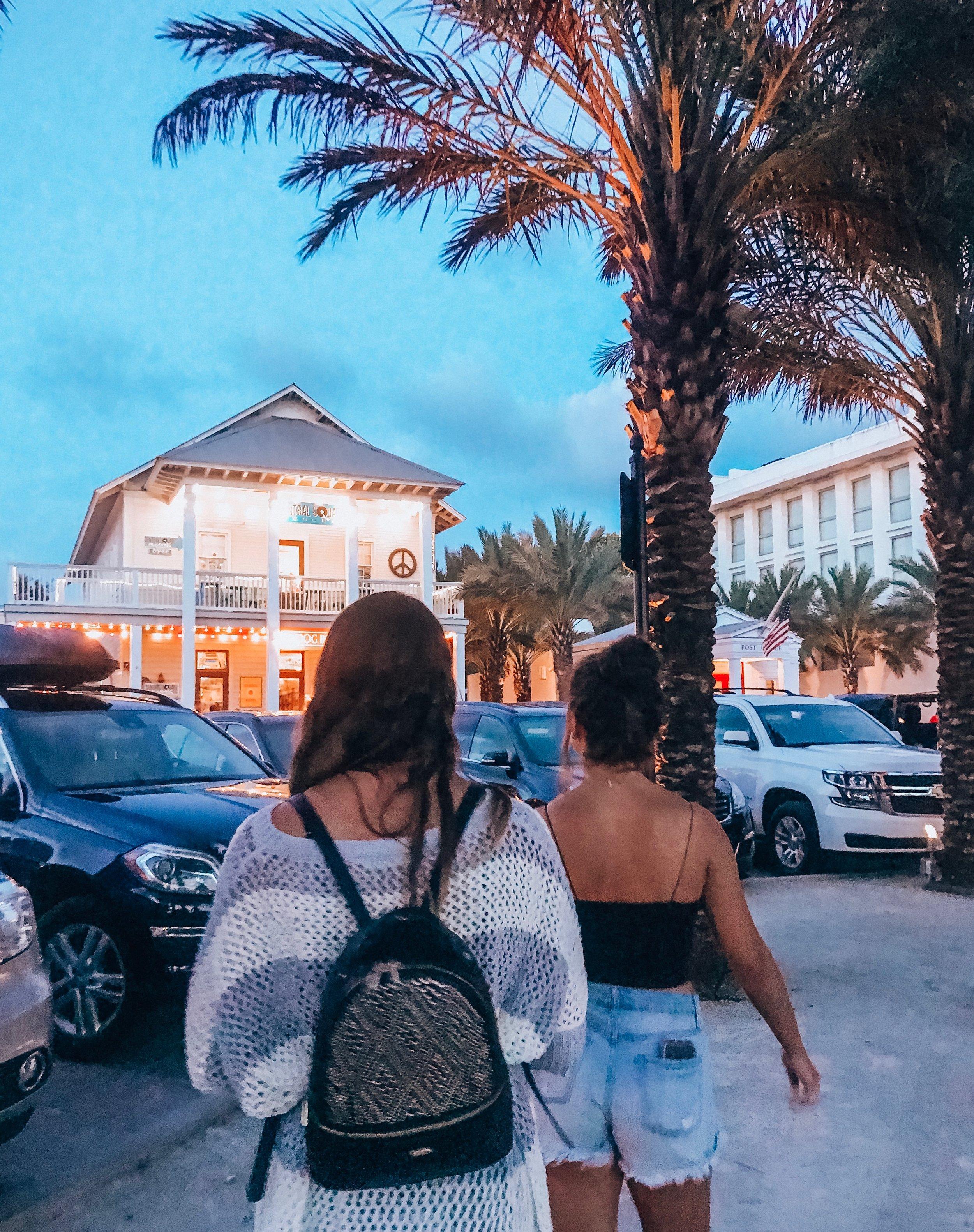 Seaside Square at night -