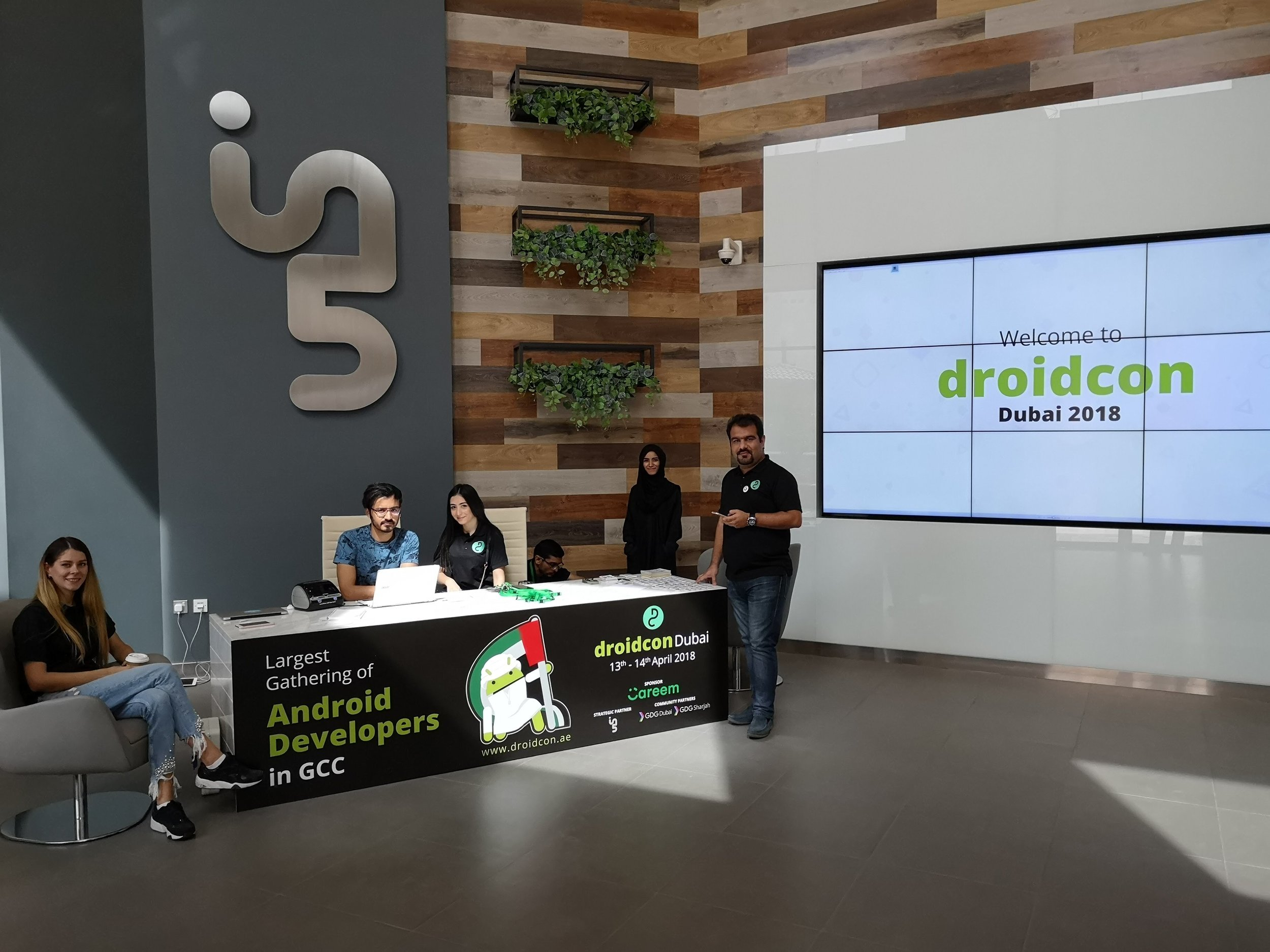 Some of the heroes who made droidcon Dubai 2018 possible at in5 Dubai. #droidconae