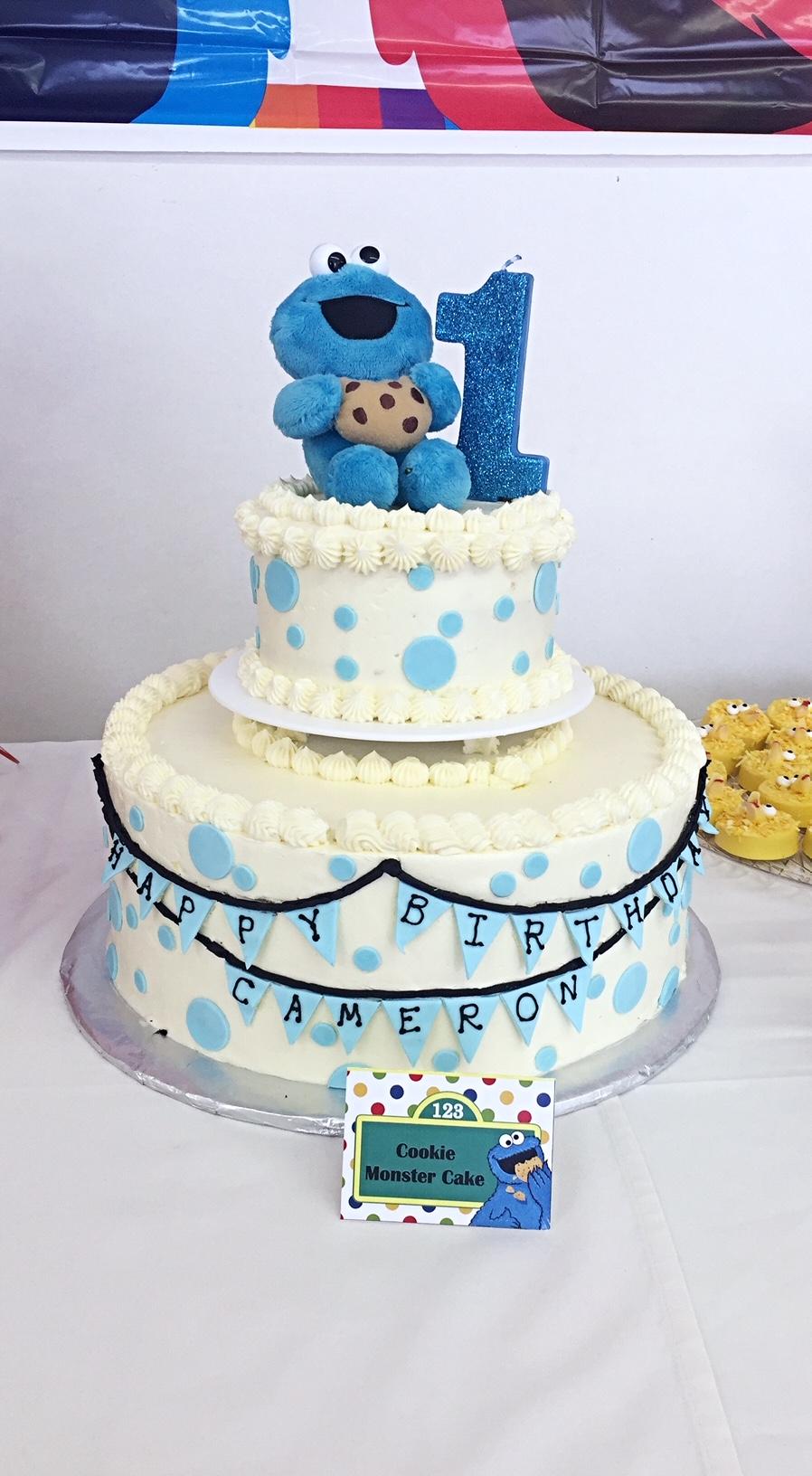 CookieMonsterCake.JPG