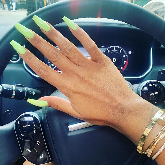 Pastel neons!!! Yes this summer must  have 🔫🔫#ciélnaillounge