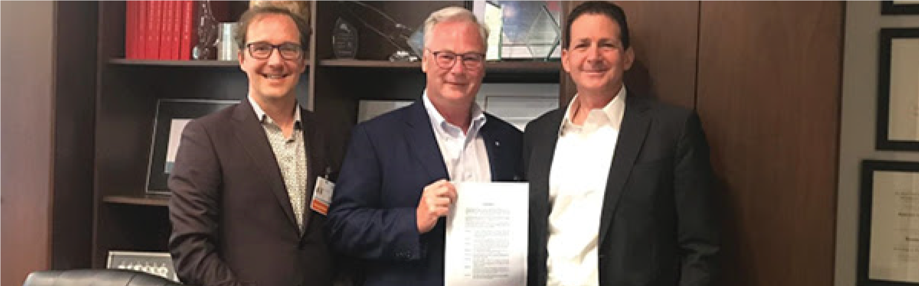 Dr. Jack Kitts (center), VP for Quality and Innovation, Dr. Alan Forster (left), and Sheba's Chief Medical Officer and Chief Innovation Officer, Dr. Eyal Zimlichman (right).
