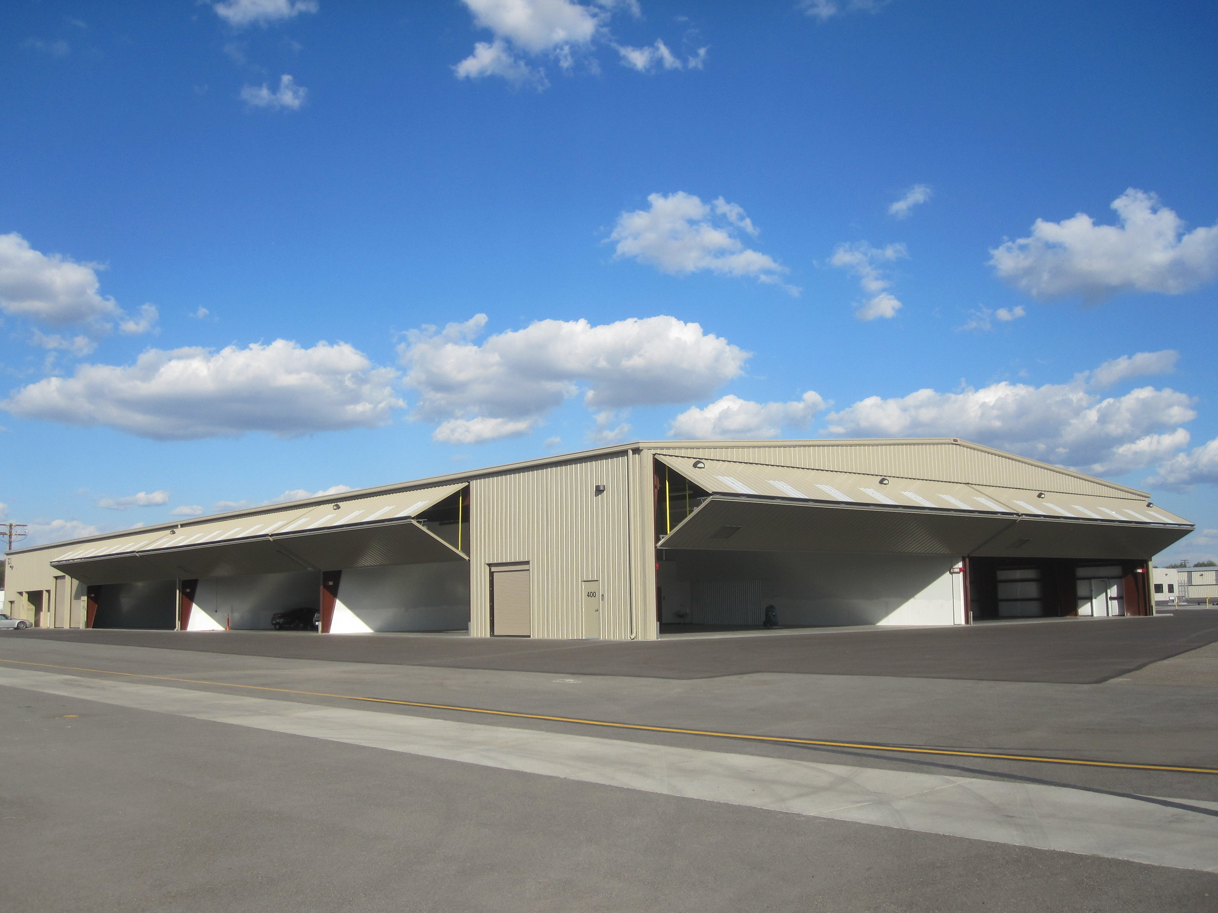 Executive Hangars at Fullerton Airport    Click here to view Project Details