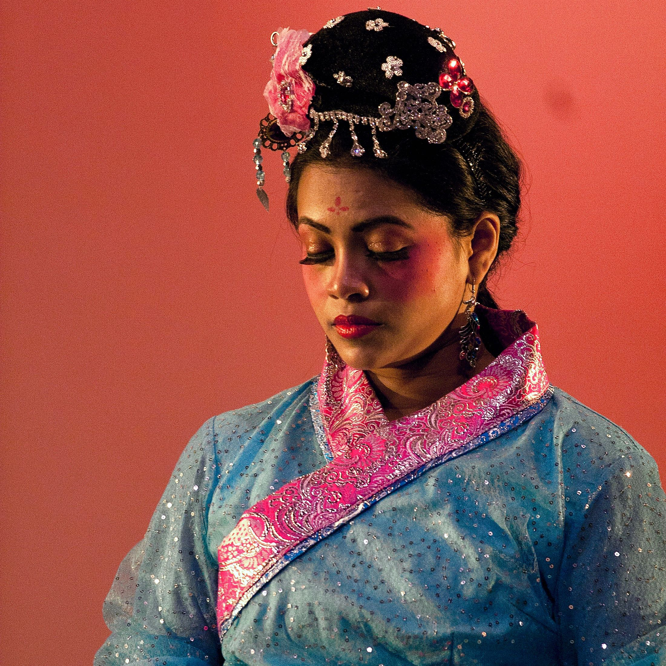 drum-dance-of-the-han-dynasty - 1.jpg