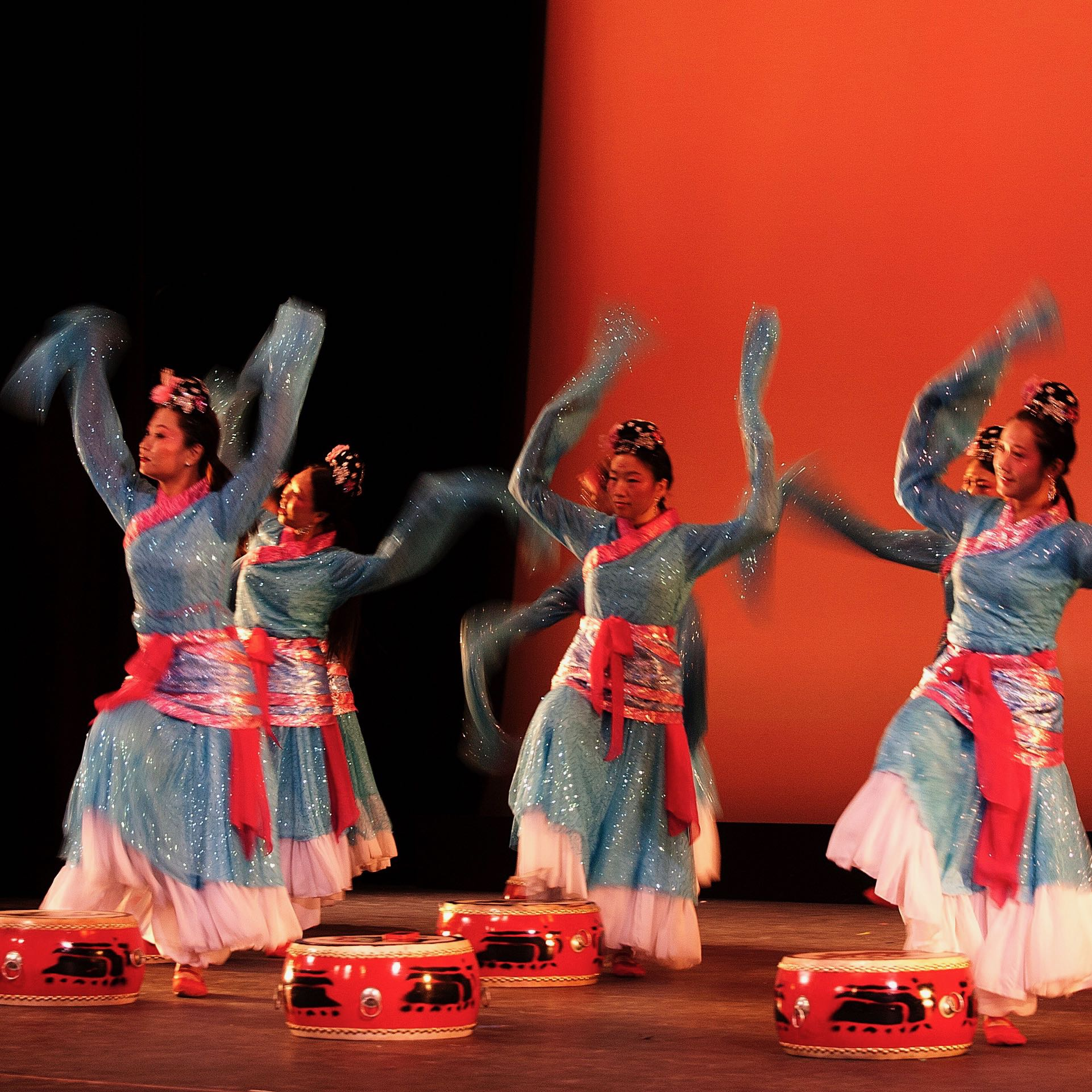 drum-dance-of-the-han-dynasty - 2.jpg
