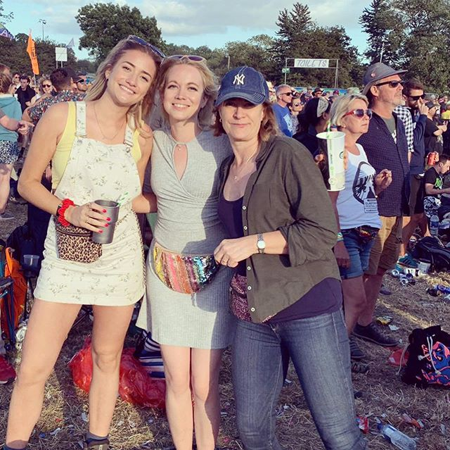 A very belated post from the incredible Glastonbury Festival - as awesome as ever! If you ever get the chance to go - GO! Still recovering from the lack of sleep and sore feet . An example of my very poor dancing skills at the end there...😅💃💜☀️ ~~~~ #glastonbury #glastonbury2019 #festival #musicfestival #expat #uk #switzerland #yoga #yogateacher