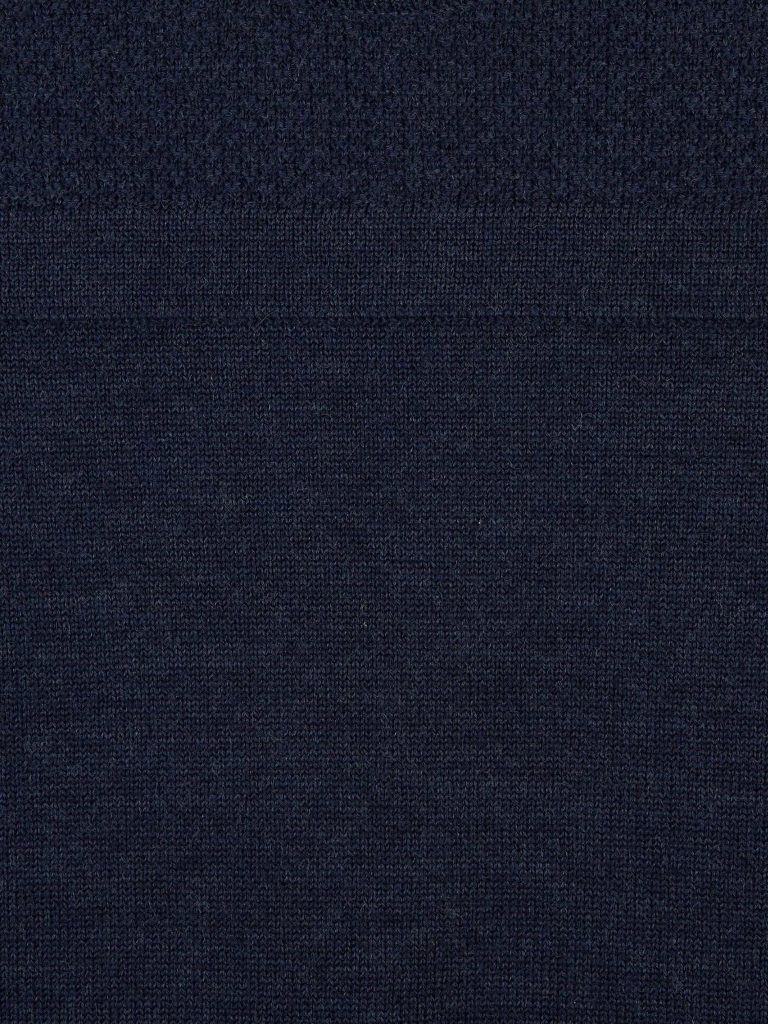 Sweater_M18-03_Clifden Geansai_4 Variations_Indigo_SWATCH_PRO SHOT_WEB RES.jpg