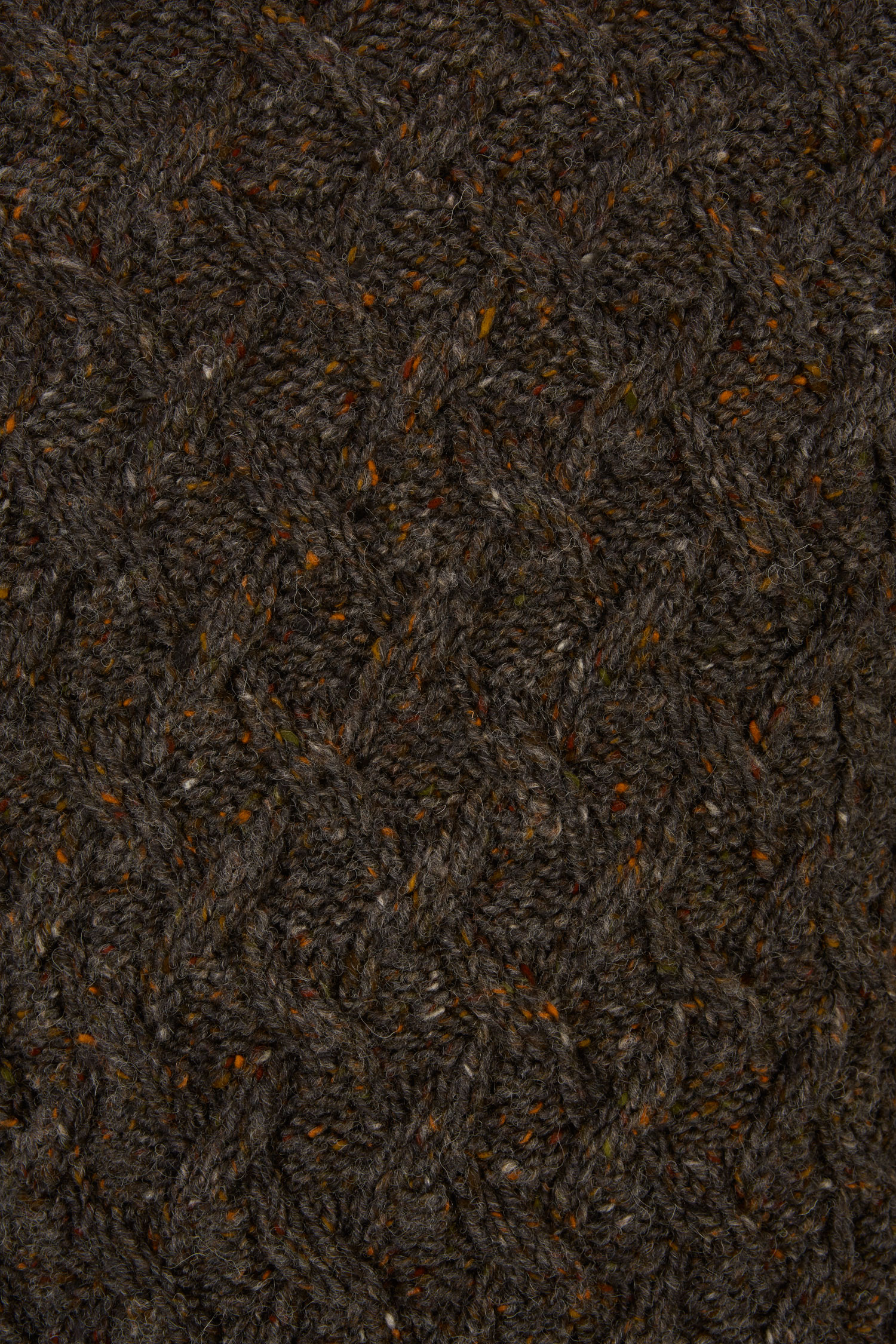 Sweater_M18-14_Achill Aran_5 Variations_Conker_03_PRO SHOT_WEB RES.jpg