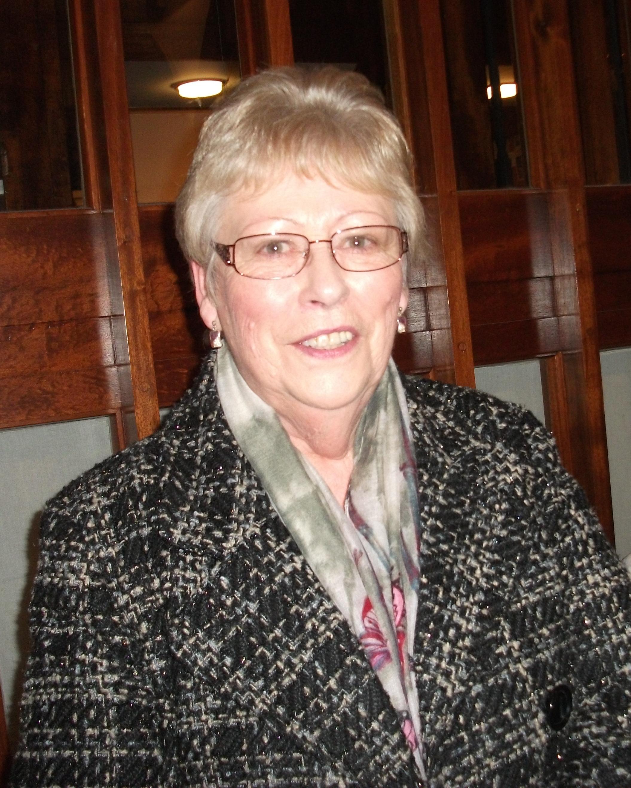 Mrs Pat Woodward