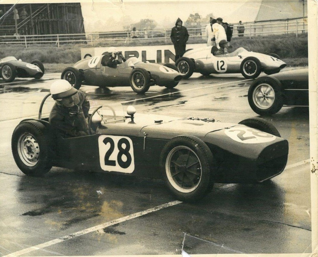 U2 Formula Junior on the grid, British Empire Trophy 1st October 1960