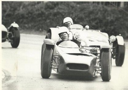 1965 MK5 - Clubmans Formula car - a development of the MK4: approximately six customer cars built. Arthur's car was another re-work of the chassis that had started as MK3. Torsional rigidity of 1500 ftlbs/deg (unpanelled).Successes included: 1965 - David Wragg, Radio Caroline Champion (The inaugural year of Clubmans Formula). 1969 - Geoff Bremner 1172 Formula Champion,