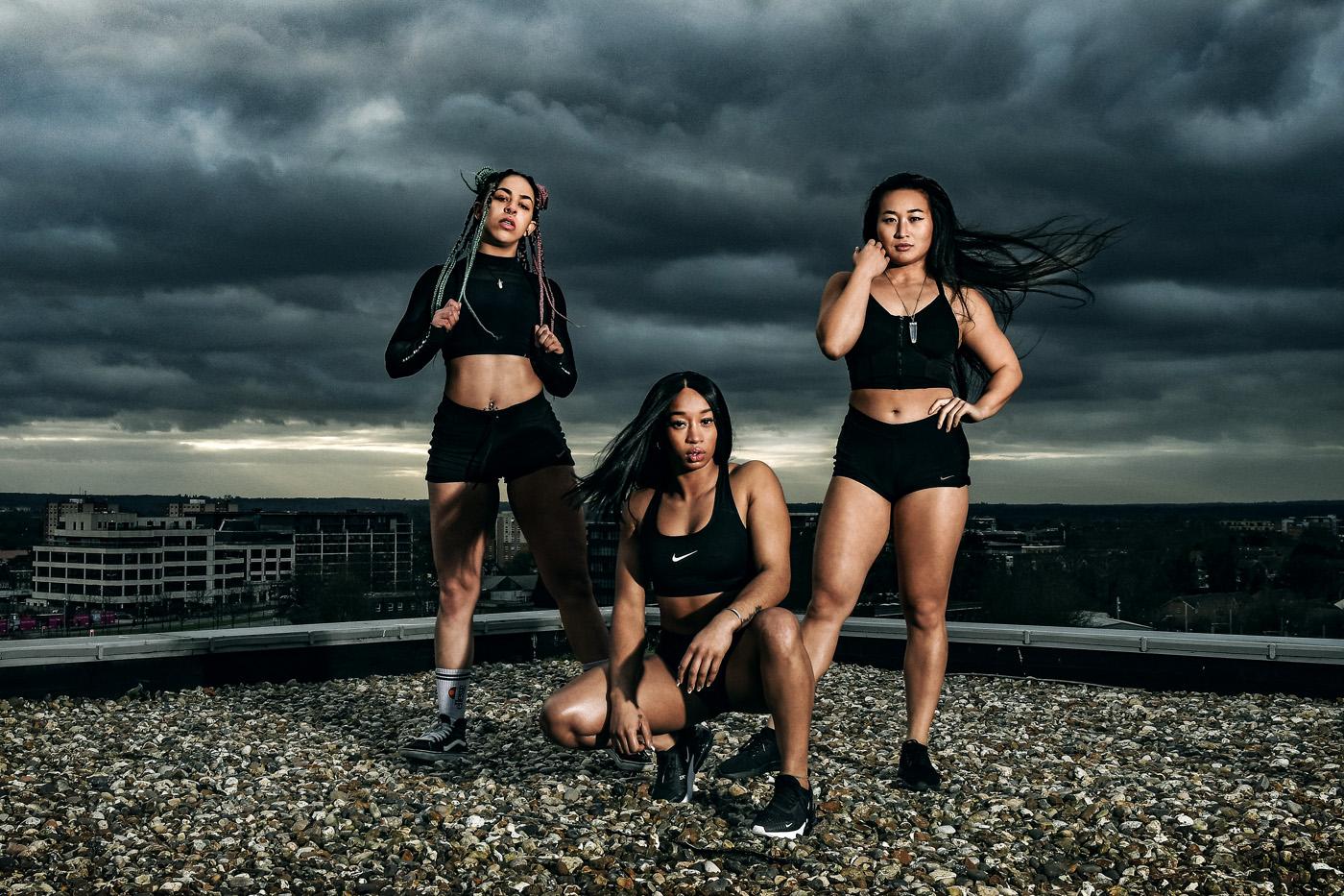 STRONG WOMEN 'POWER LIFTERS' -