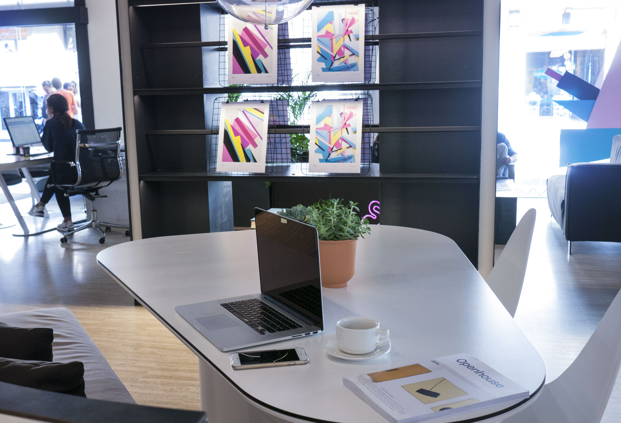 Pol&Grace-table-view1 copia.jpg