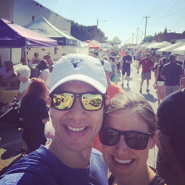 Farmer's market with my favorite. Yes, please. 😍 • • • #saturday #summer #husband #datenight #wellwateredwomen #propelwomen #beauty #bedeeplyrooted #joyinthejourney #shereadstruth #godsgotthis #enjoylife #mindfulness #theabundantlifenow #faithblogger #letsdothis 👍