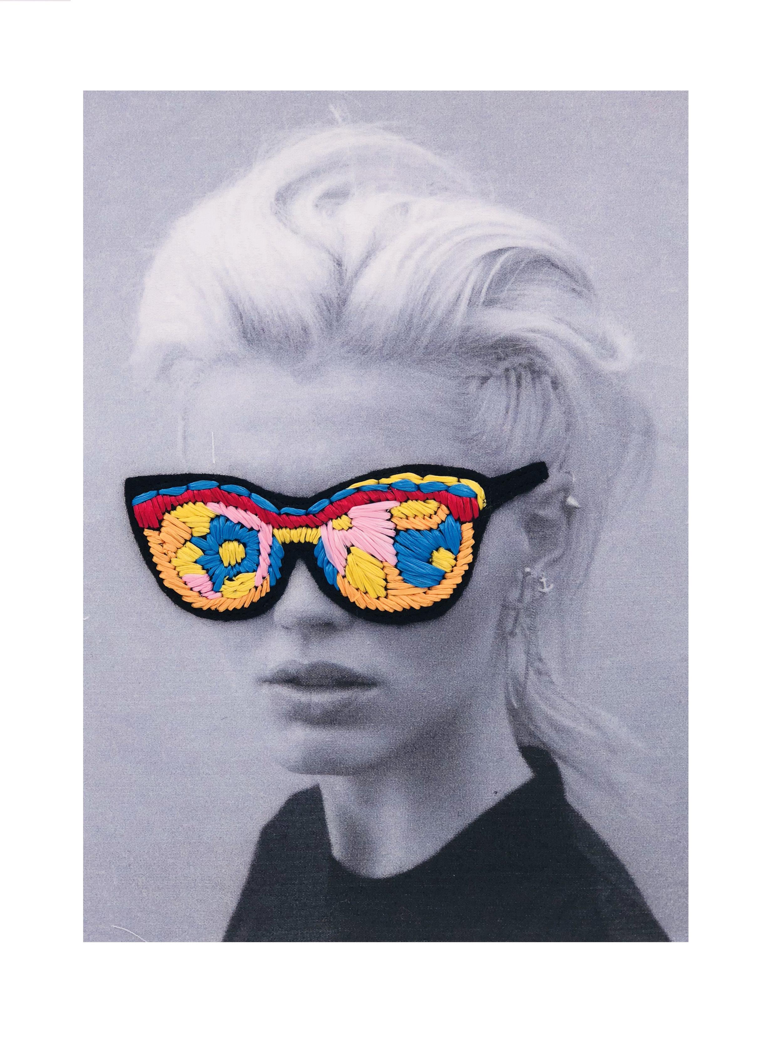 chica gafas.jpg
