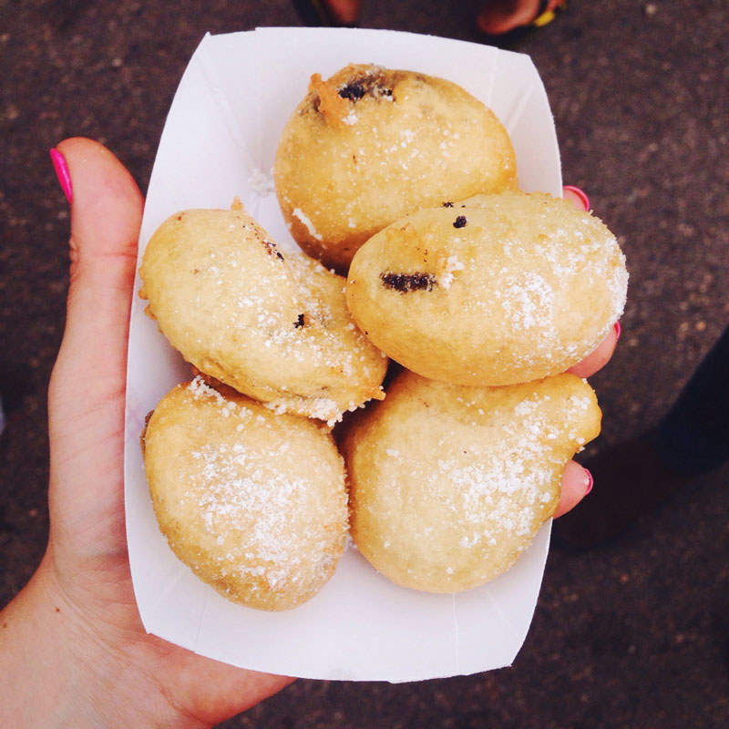 I finished off my day with carton of deep fried Oreos. For anyone who has not tried one, I recommend it, they aren't what you think. Oreos are covered in pancake batter and lightly fried, then covered in powdered sugar for the result of a light airy cake with a melted chocolate and cream center.  Missed opportunities include the Tom Thumb donuts, funnel cakes with maple bacon and cinnamon bun cream, and the wine slushy. I suppose I need to give myself something to live for right? There is always next year.