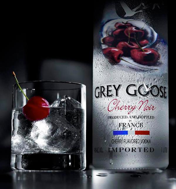 Grey-Goose-Cherry-Noir2.jpg