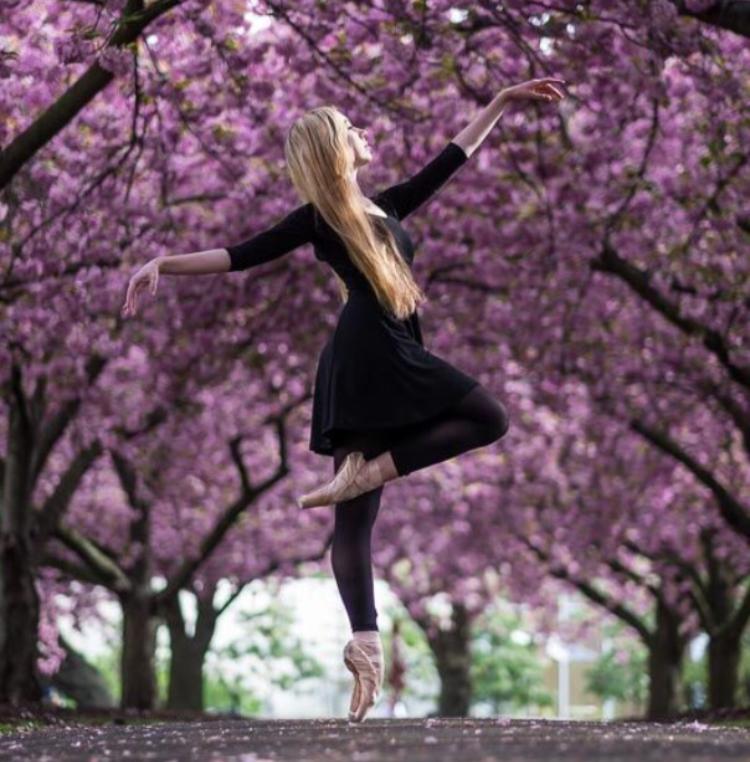 Anna, U.S. International Ballet Company