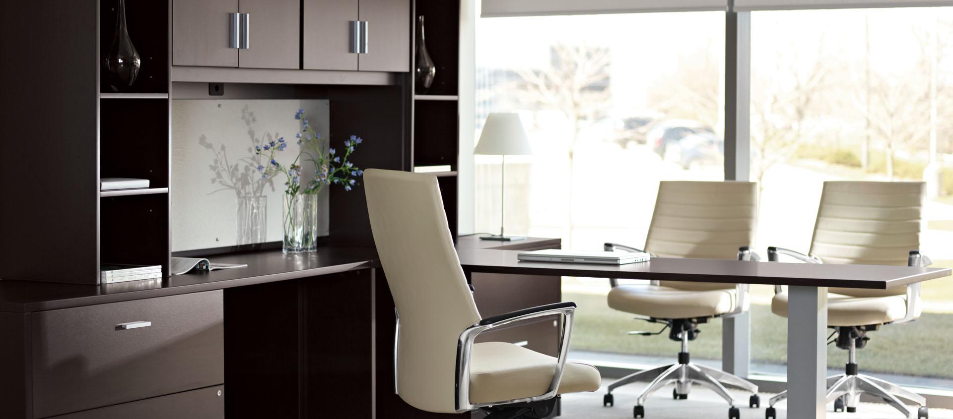 global office 1.jpg