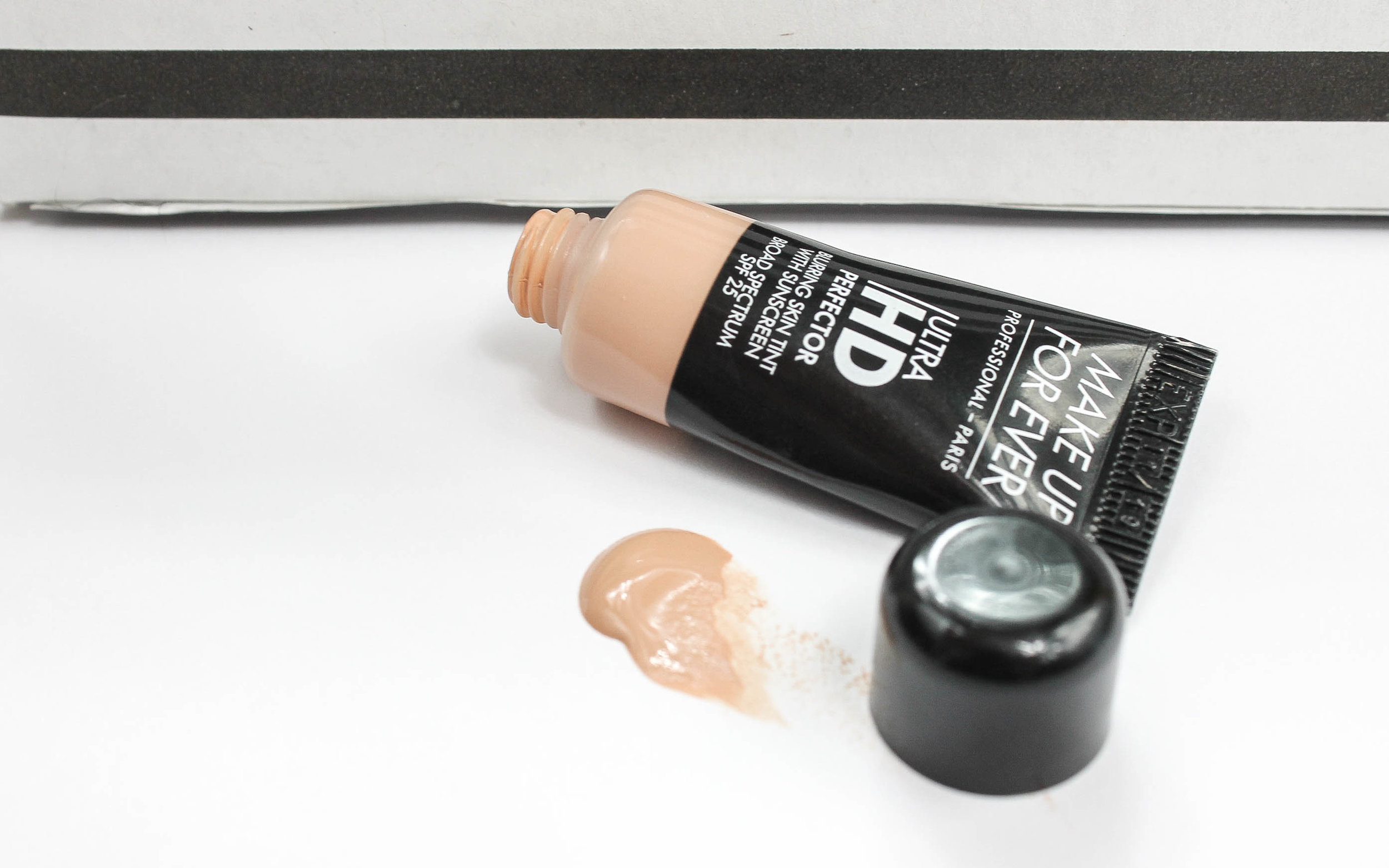 make up for ever ultra hd perfector blurring skin tint with sunscreen